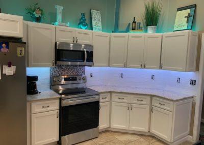 Kitchen Remodel/Cabinet Installation/Tiled Backsplash